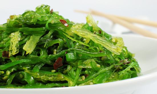 People Are Eating Seaweed